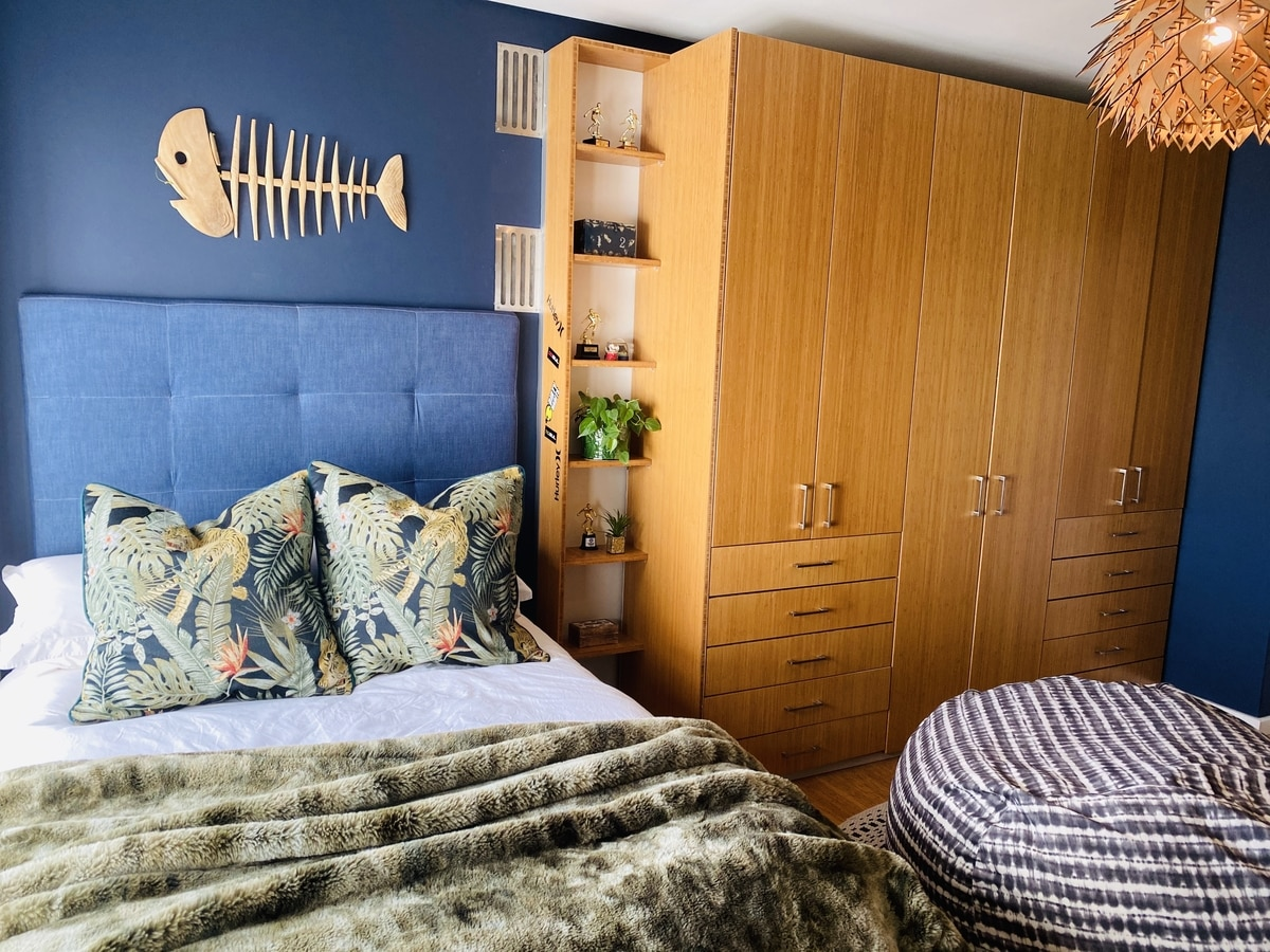 boys bedroom island theme surfer blue